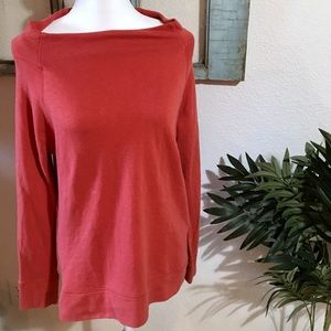 🌵FREE TO A BUNDLE $50🦋Lands end sweatshirt